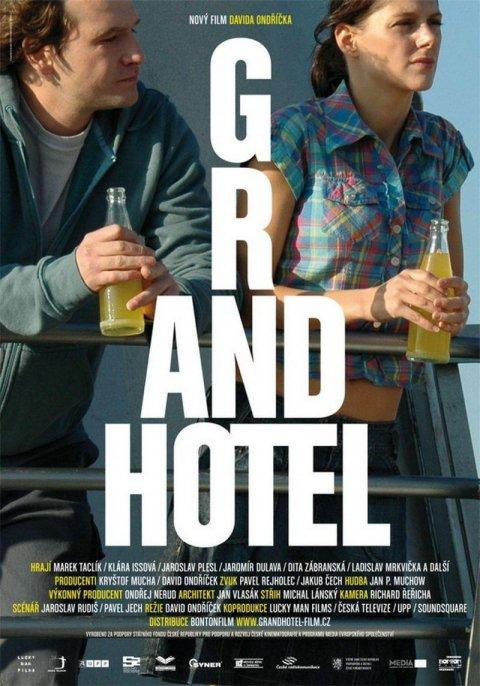 neuveden: Grandhotel - DVD pošeta